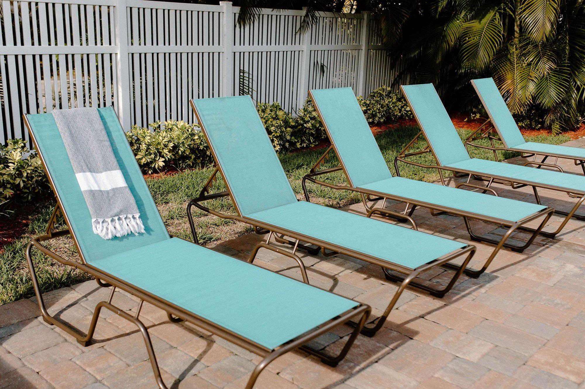 best Savannah hotel outdoor furniture