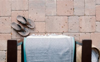 Need Instagram-Worthy Hotel Beach Furniture? Here's Why Handcrafted Pieces Are Great.